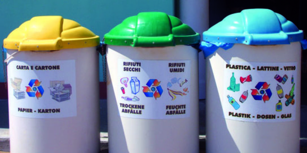 Muggia, la raccolta dei rifiuti porta a porta a breve sarà a regime