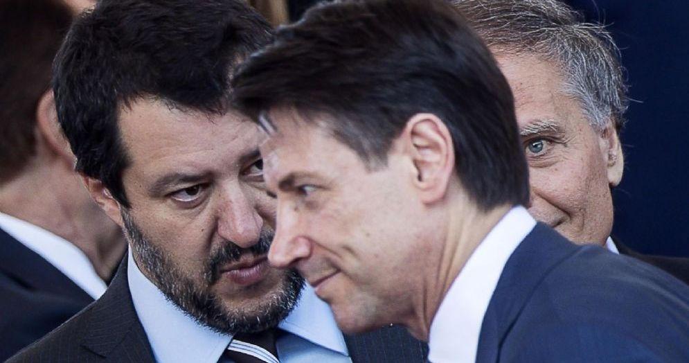 Il ministro dell'Interno Matteo Salvini con il premier Giuseppe Conte