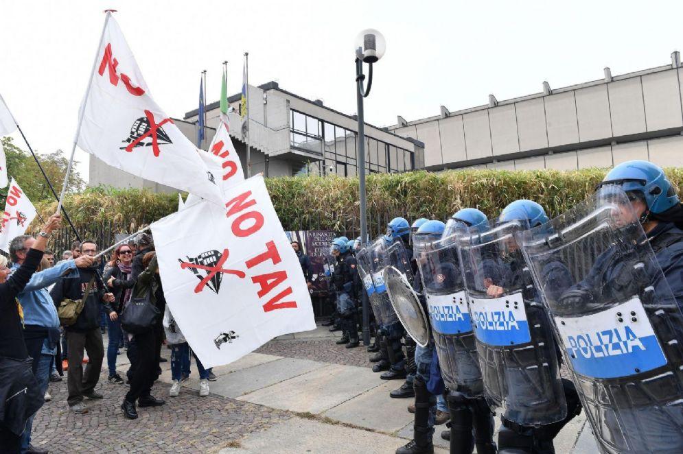 Protesta No Tav a Venaria (Torino)