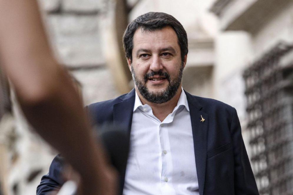 Il ministro dell'Interno Matteo Salvini arriva a Palazzo Chigi per il Consiglio dei ministri