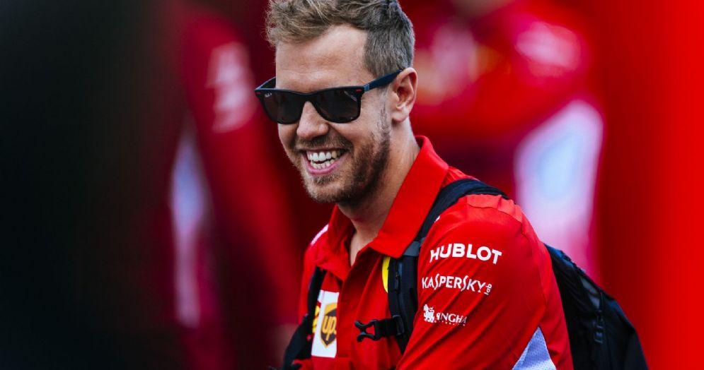 Sebastian Vettel nel paddock di Montreal
