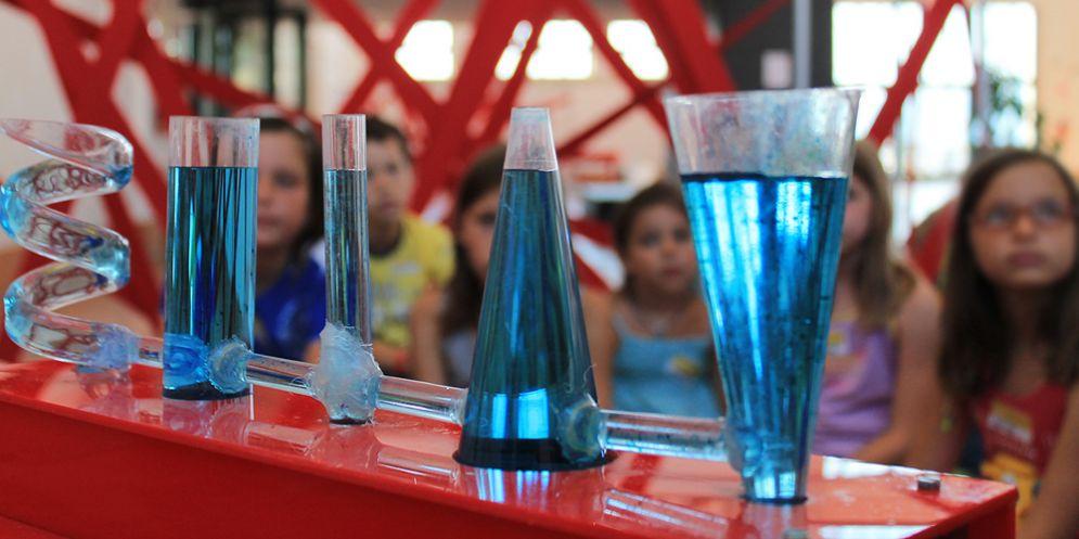 Sperimentiamo con l'acqua, all'immaginario Scientifico di Trieste