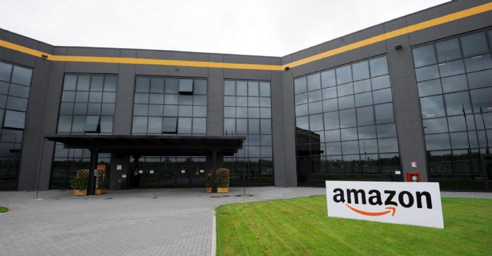 La sede di Amazon Italia Logistica Srl a Castel San Giovanni (Piacenza)