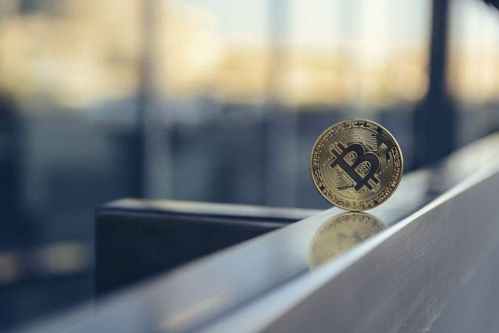 Così si può scambiare l'oro in bitcoin (e viceversa)