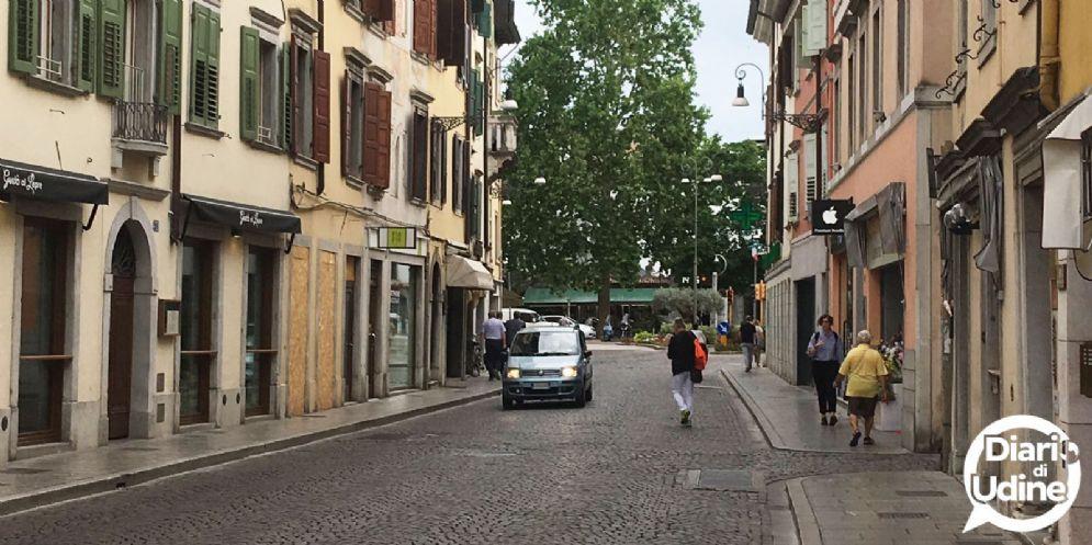 Si rifà il manto stradale: via Poscolle chiusa per tre mesi