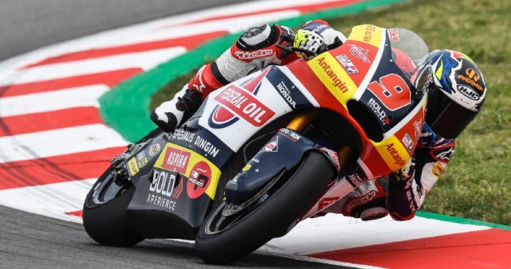 Jorge Navarro in sella alla Kalex del team Gresini Moto2 nelle prove libere del GP di Catalogna a Barcellona