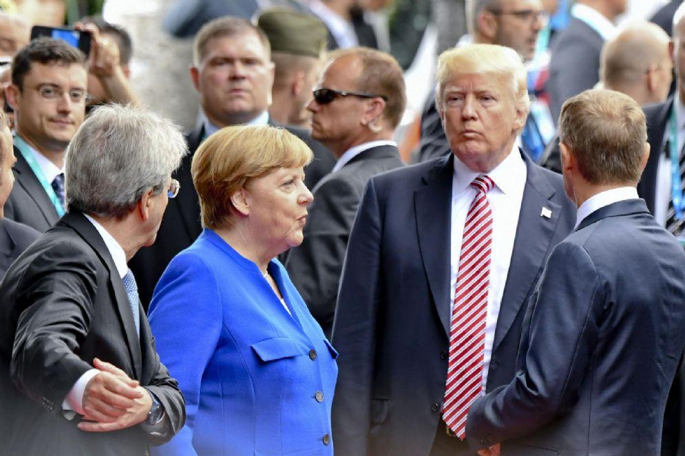 Donald Trump e Angela Merkel durante il G7 di Taormina