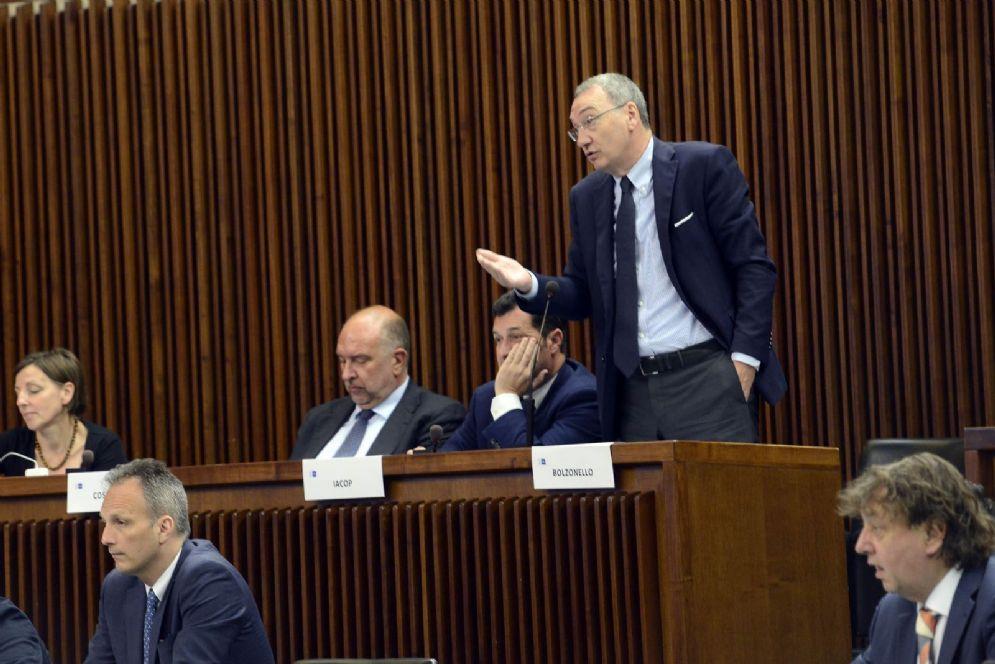 Capogruppo Pd , Sergio Bolzonello, interviene al Consiglio
