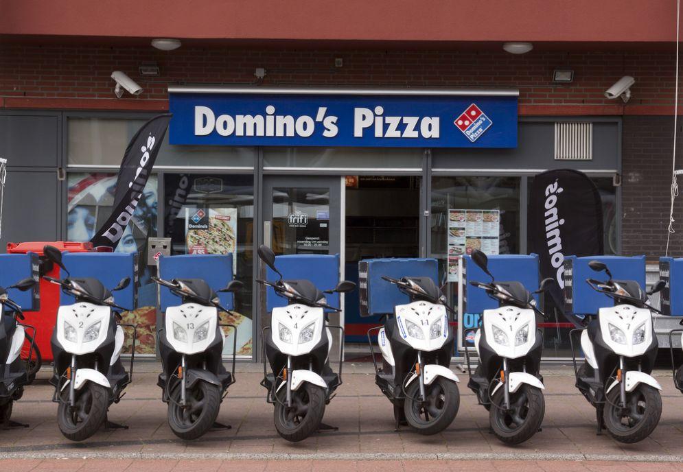 Domino's pizza apre in via Cigna a Torino e assume