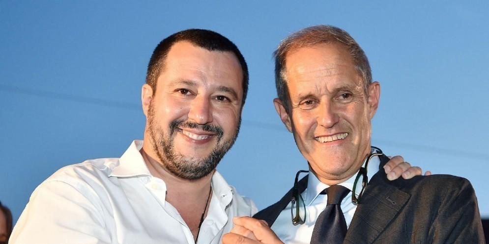 Matteo Salvini, ministro dell'interno, con il neosindaco di Ivrea Stefano Sertoli