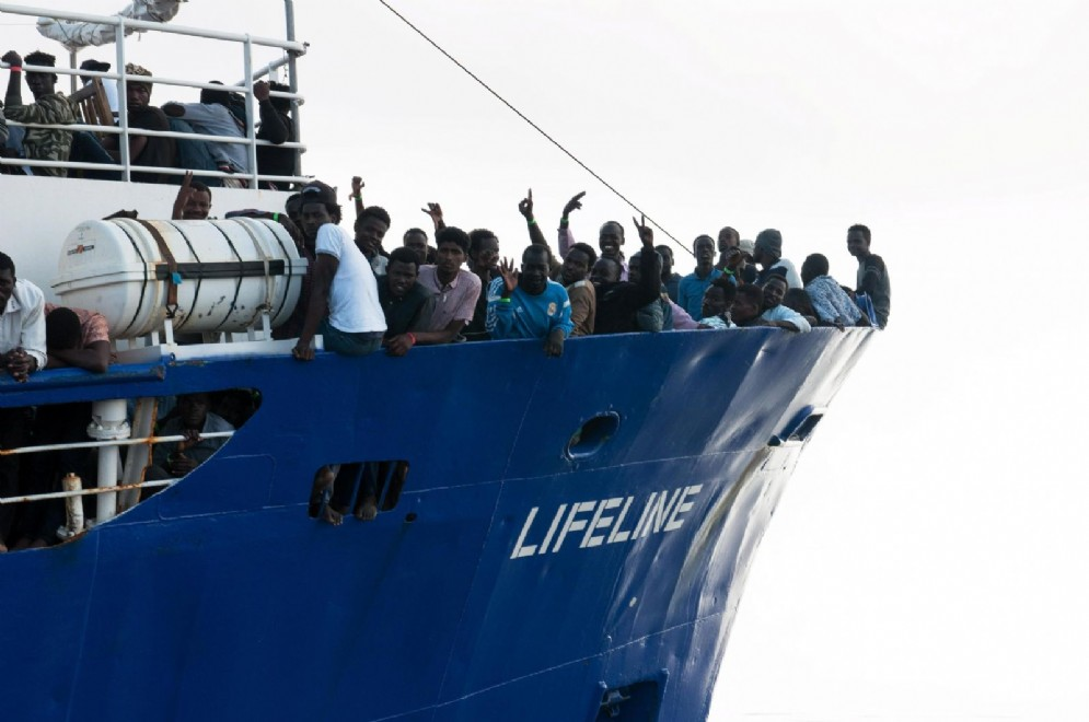 La nave Lifeline