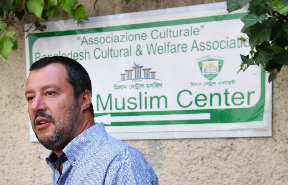 Matteo Salvini in un presidio contro le moschee abusive, Milano, 3 agosto 2017