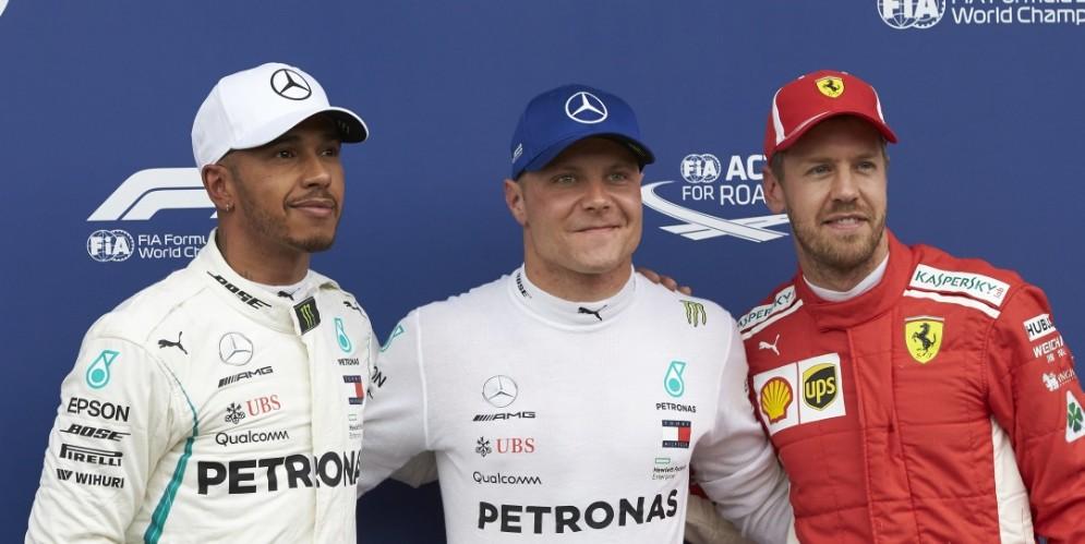 Il podio delle qualifiche del GP d'Austria di F1: Valtteri Bottas, Lewis Hamilton e Sebastian Vettel