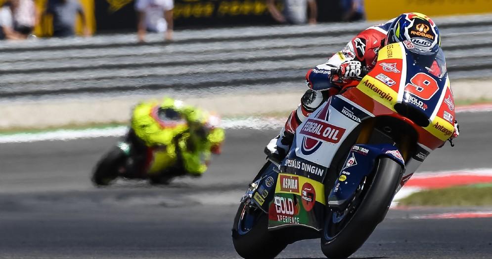 Jorge Navarro in sella alla moto del team Gresini Moto2 nel GP d'Olanda ad Assen