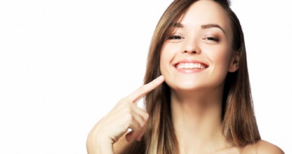 I cibi giusti per mantenere i denti e le gengive in salute