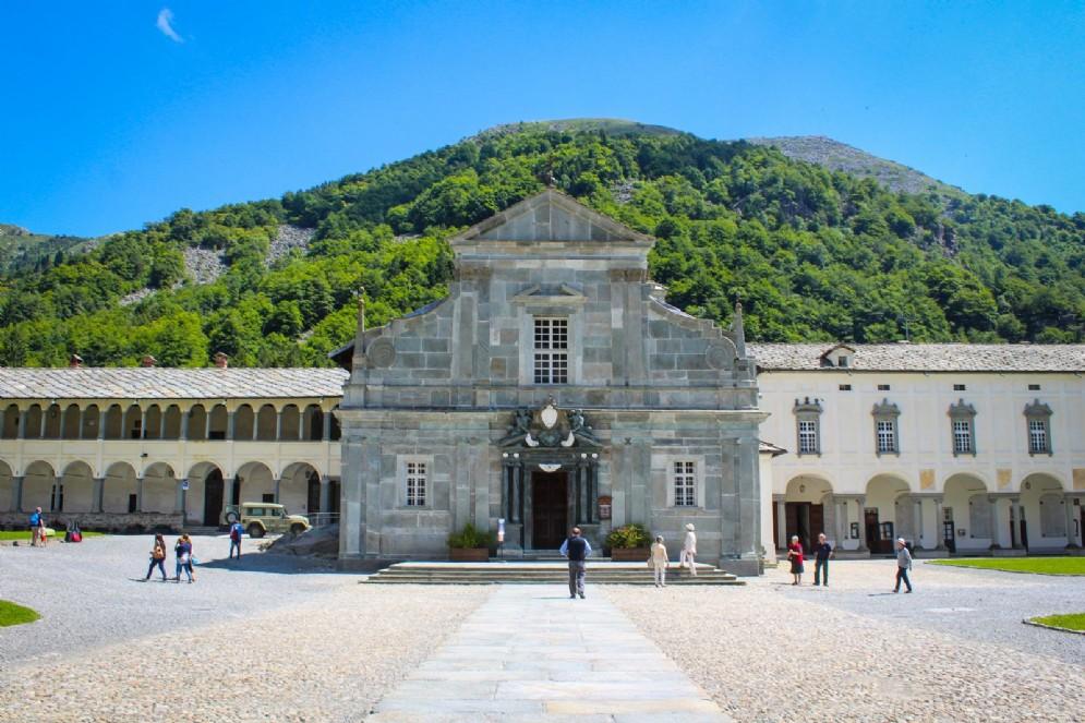 La Basilica Antica dove è custodita la Madonna Nera