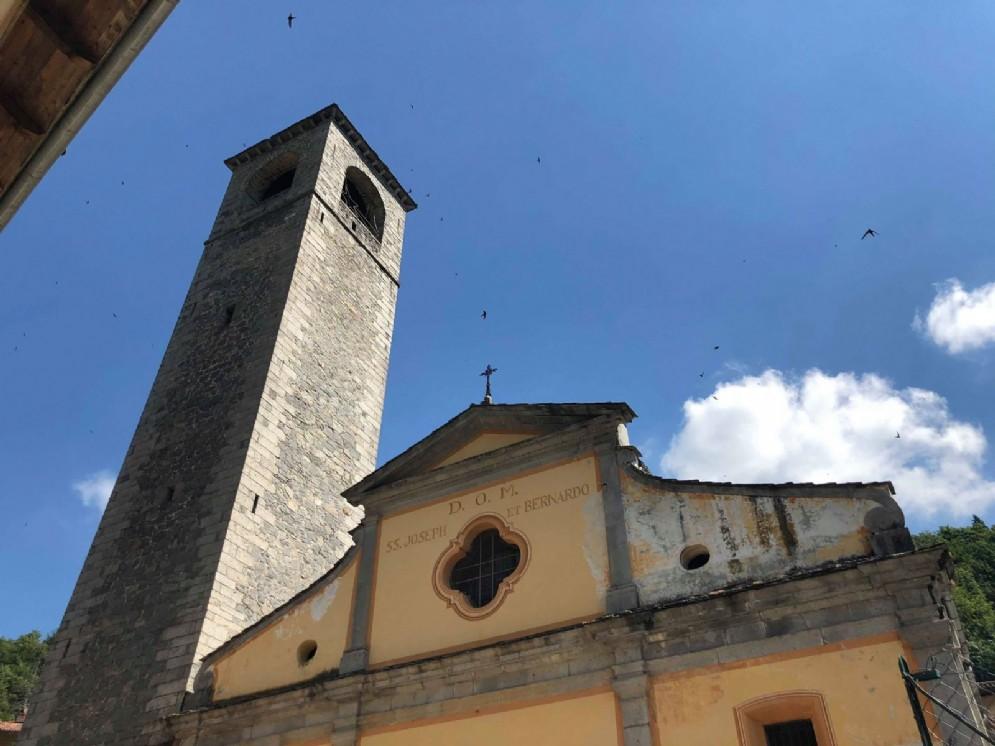 La chiesa parrocchiale dedicata ai santi Bernardo e Giuseppe
