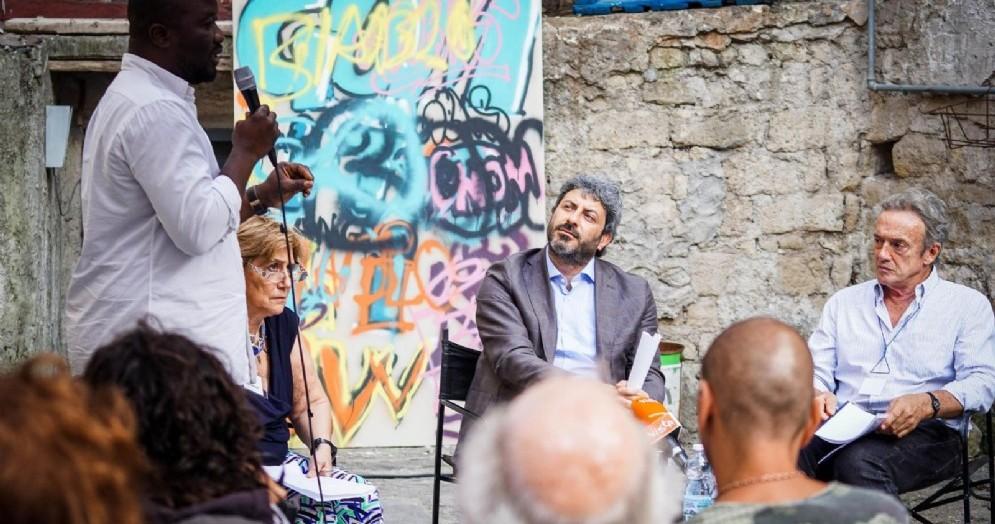 Il presidente della Camera Roberto Fico incontra i cittadini del quartiere Vasto. Napoli 6 Luglio 2018