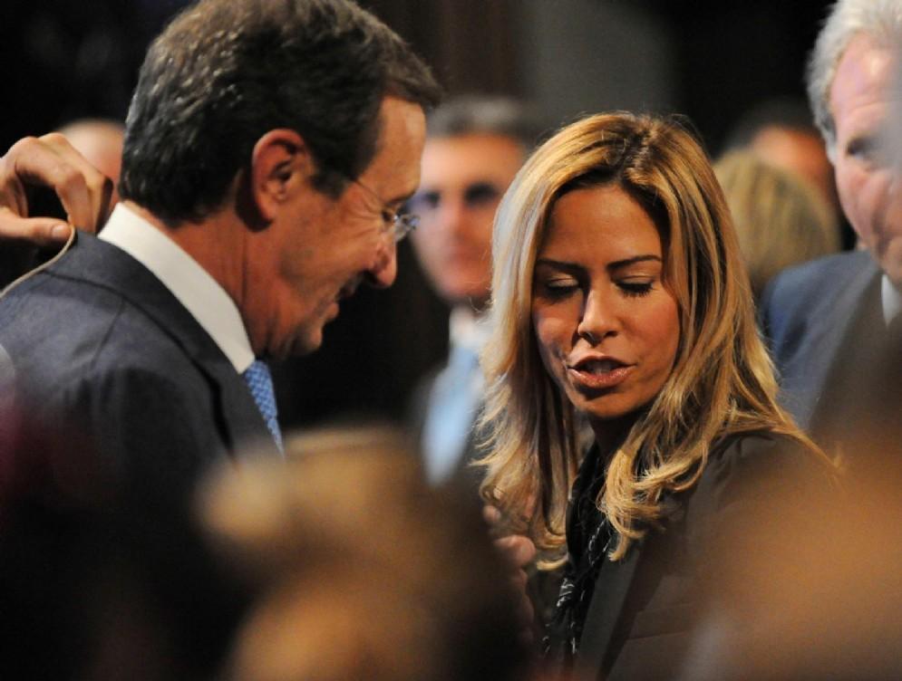 L'ex presidente della Camera Gianfranco Fini con la moglie Elisabetta Tulliani