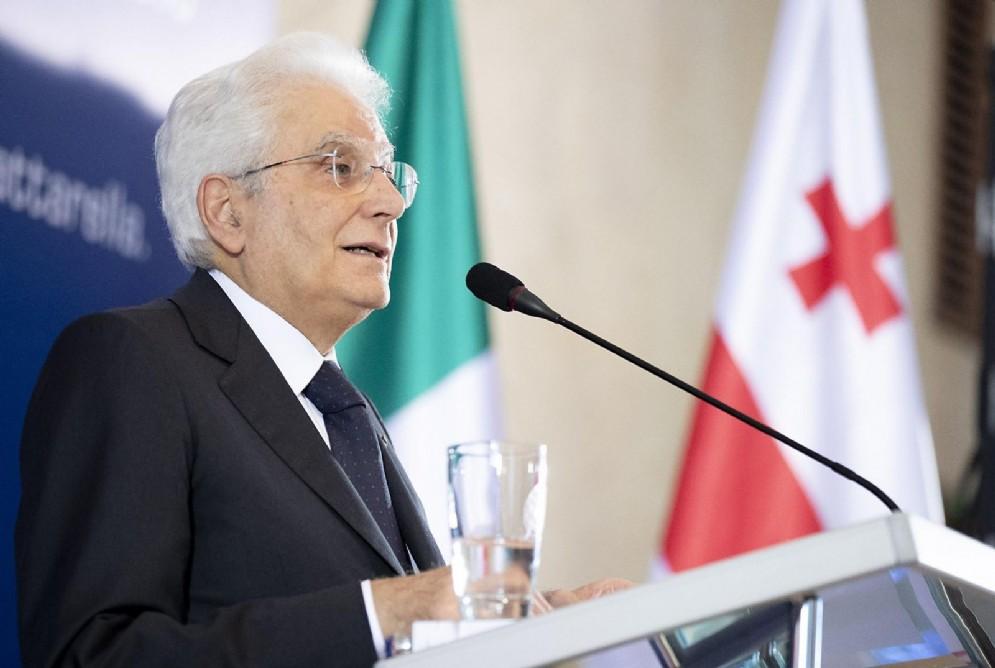 Il presidente della Repubblica Sergio Mattarella in occasione dell'intervento all'Università Statale di Tbilisi