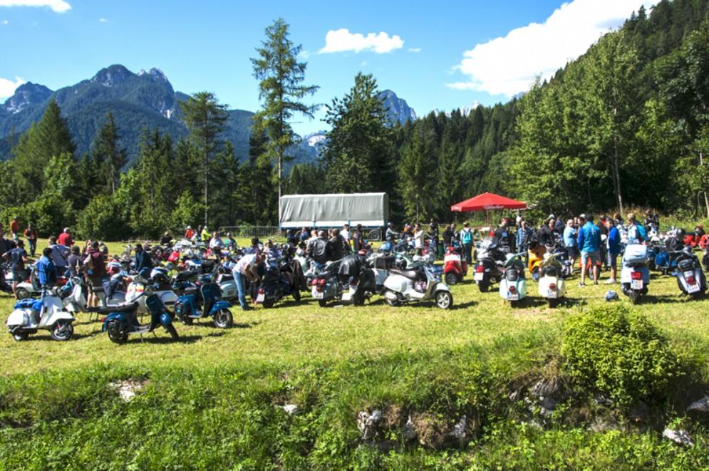 Domenica 22 luglio a Coccau c'è il raduno Vespa del Maiale