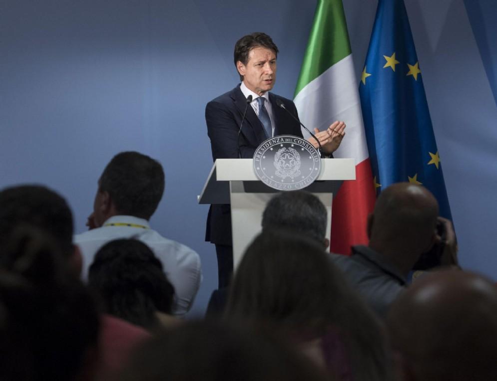 Giuseppe Conte nel corso della conferenza stampa seguita al vertice Ue, Bruxelles, 29 giugno 2018
