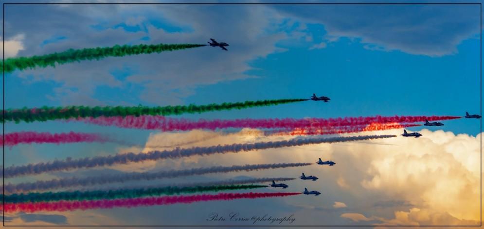 Il suggestivo spettacolo delle Frecce Tricolori a Lignano