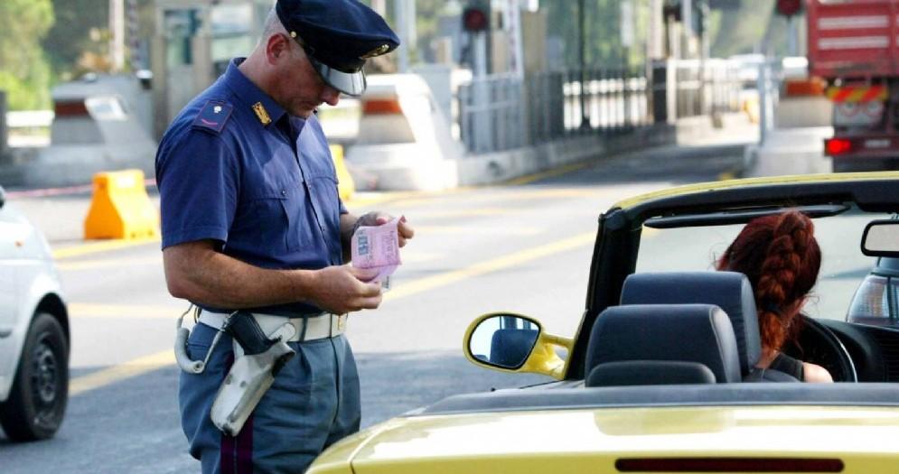 Controlli stradali da parte della Polizia