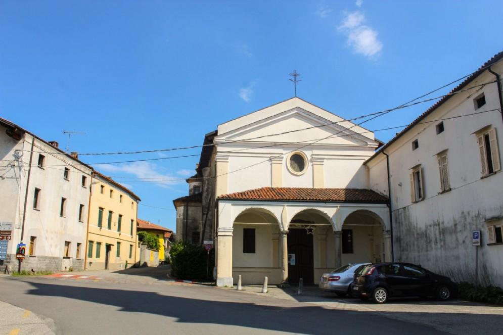 Piazza del Municipio, Chiesa S.M.B.V. del Rosario