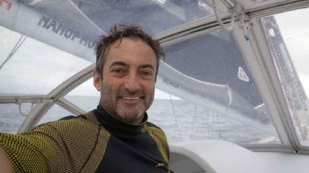 Andrea Mura, deputato grillino che fa «politica dalla barca»