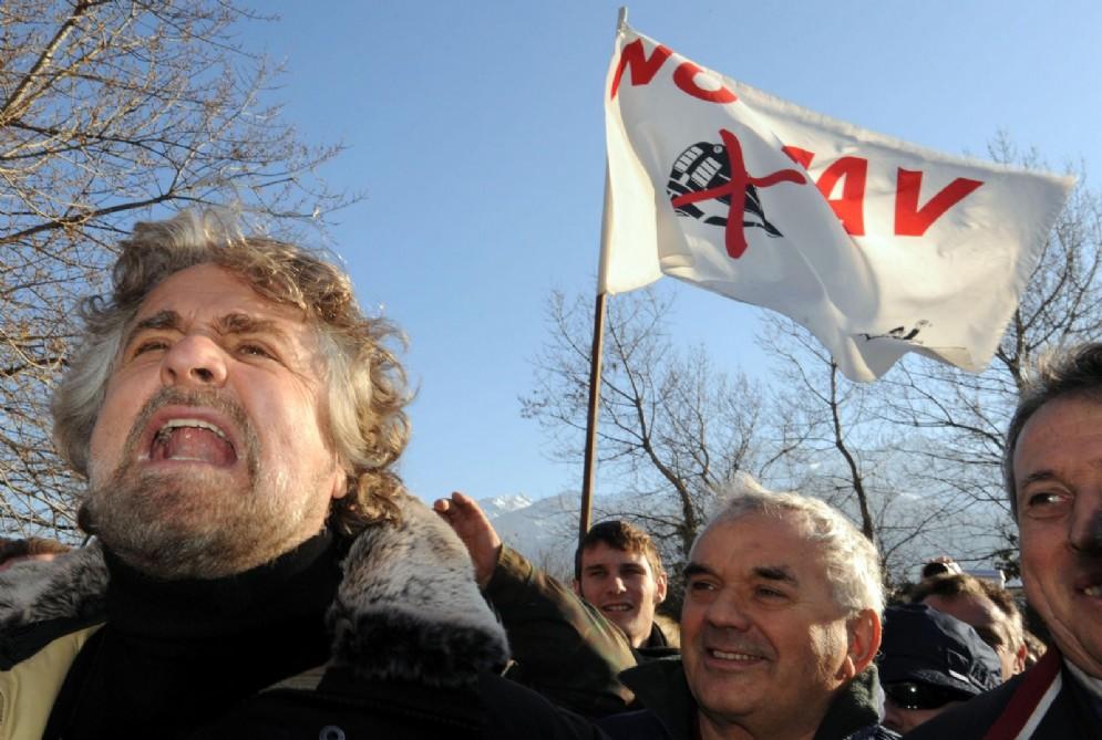 Beppe Grillo a una manifestazione No Tav