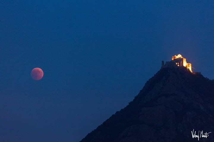 L'eclissi dalla Sacra alla Mole: le meravigliose foto di Valerio Minato