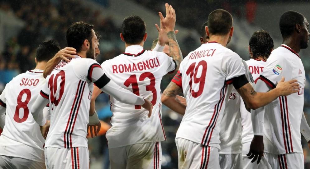 Il gruppo del Milan deve decidere chi indosserà la fascia di capitano se Bonucci andrà via