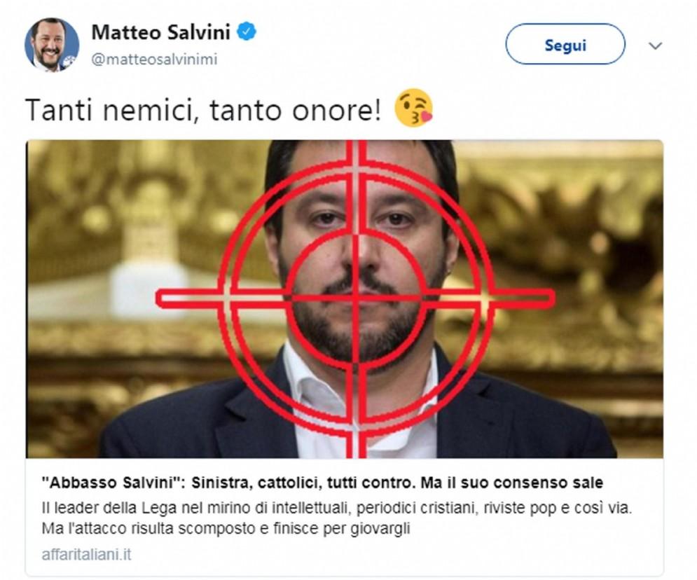 «Tanti nemici, tanto onore!». Così Matteo Salvini rispode agli attacchi nei suoi confronti