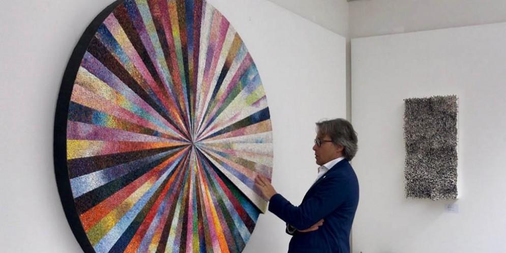 """Cerimonia di inaugurazione della mostra """"Mosaico&mosaici 2018"""" svoltasi a Spilimbergo alla presenza dell'assessore regionale alle Attività produttive Sergio Emidio Bini"""