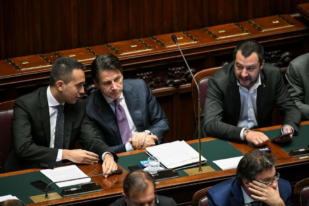 Luigi Di Maio e Matteo Salvini con Giuseppe Conte