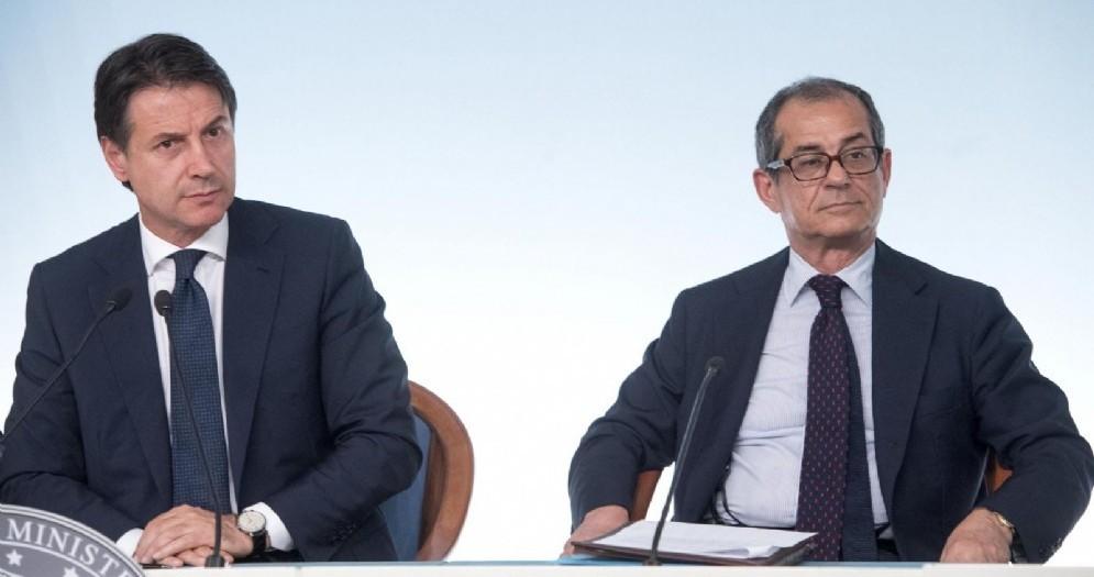 Giuseppe Conte e il ministro dell'Economia e delle Finanze, Giovanni Tria. Roma, 24 luglio 2018