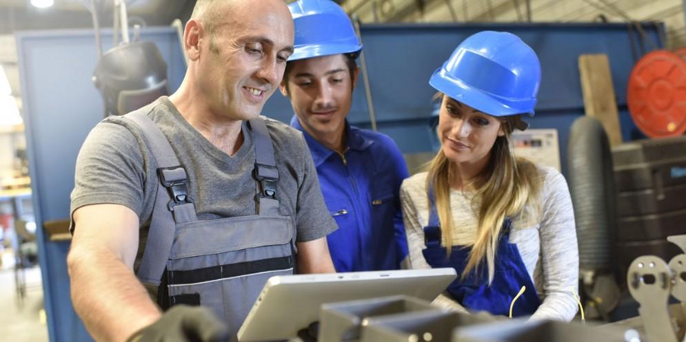 Lavoro: dalla Regione maggiori risorse per tirocini extracurriculari