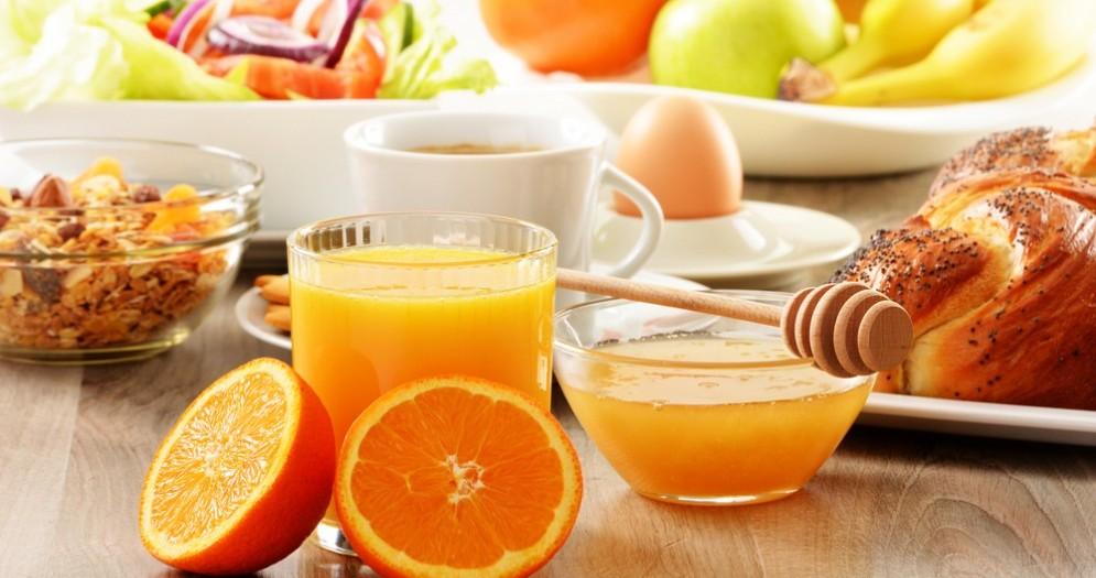 La colazione aiuta a bruciare più carboidrati