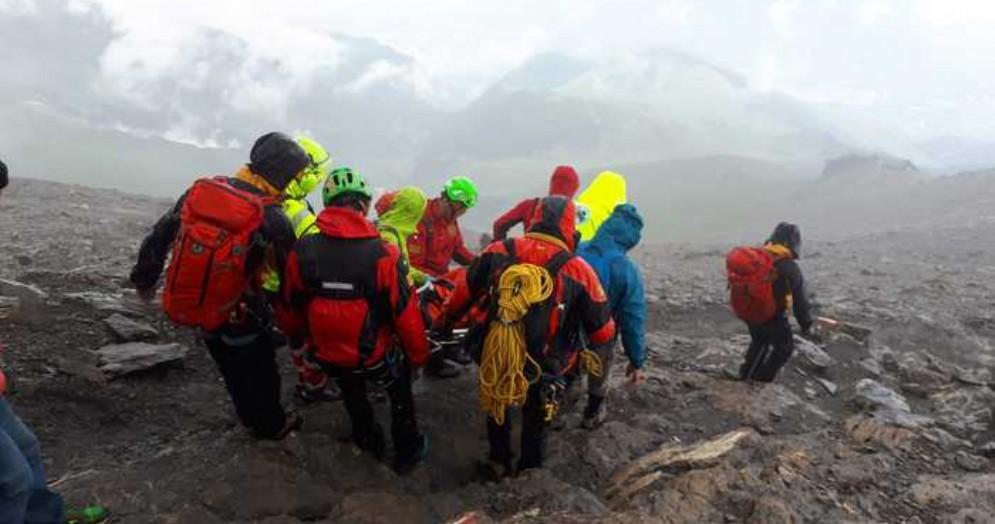 Grave un'alpinista di 75 anni precipitata sul Rocciamelone