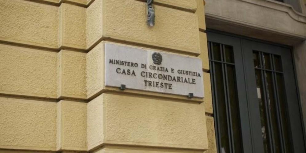 Cadavere trovato a Trieste: 90enne rimane in carcere