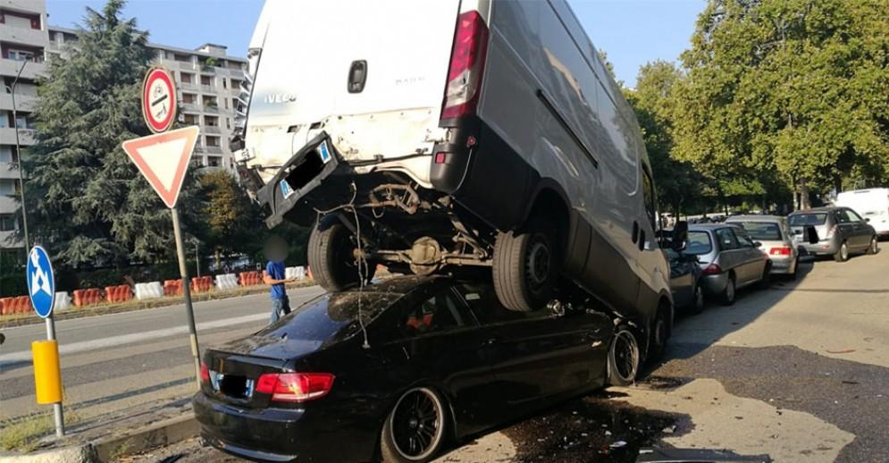 L'auto di Corso Grosseto