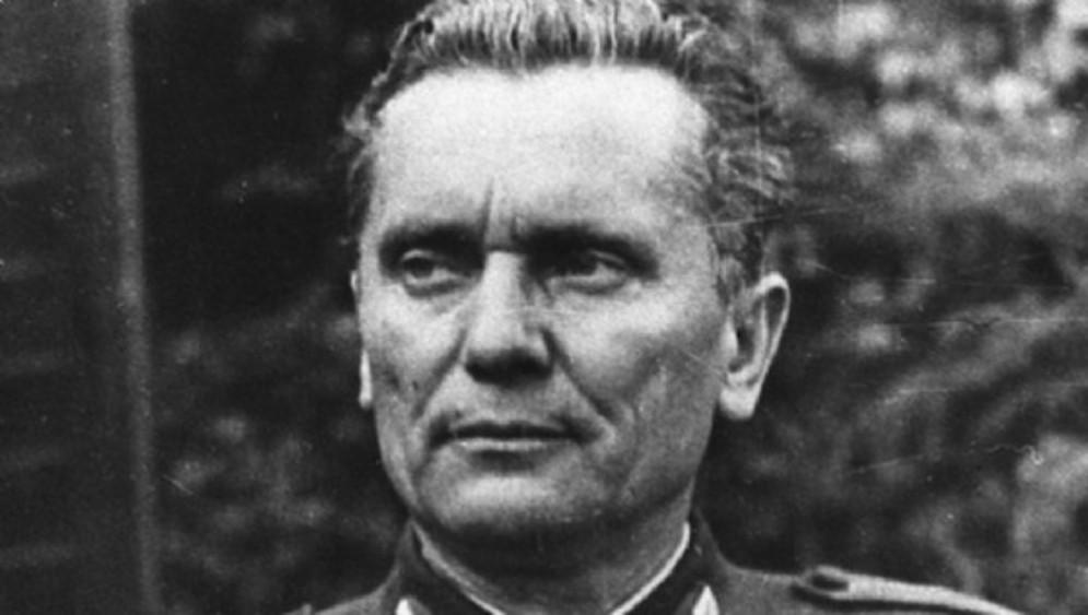 Ziberna e Pettarin: sostegno alla mozione di Roberti per revocare le onorificenze al Maresciallo Tito