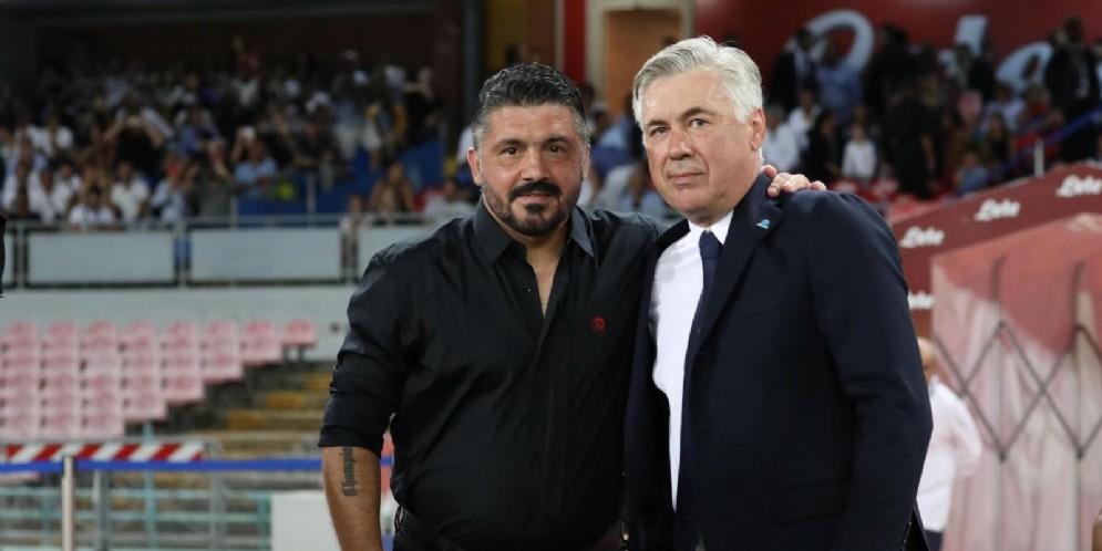 L'abbraccio tra Gattuso e Ancelotti prima del match