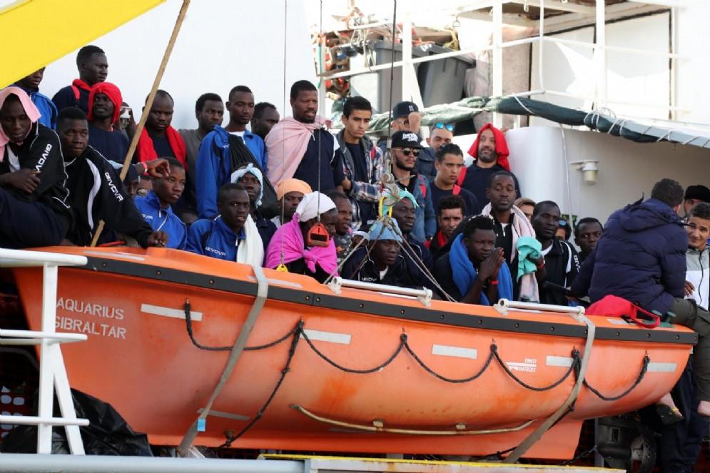 Migranti a bordo della Aquarius