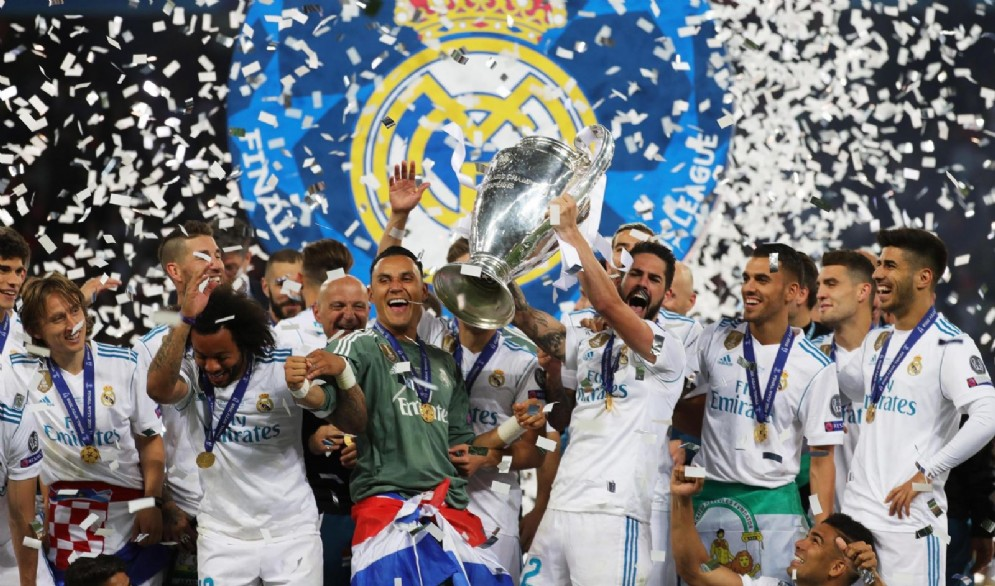 La festa del Real Madrid dopo la vittoria in finale contro il Liverpool