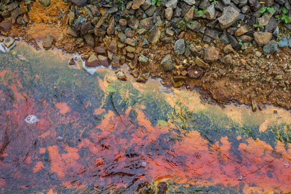 Inquinamento del rio Fugnan
