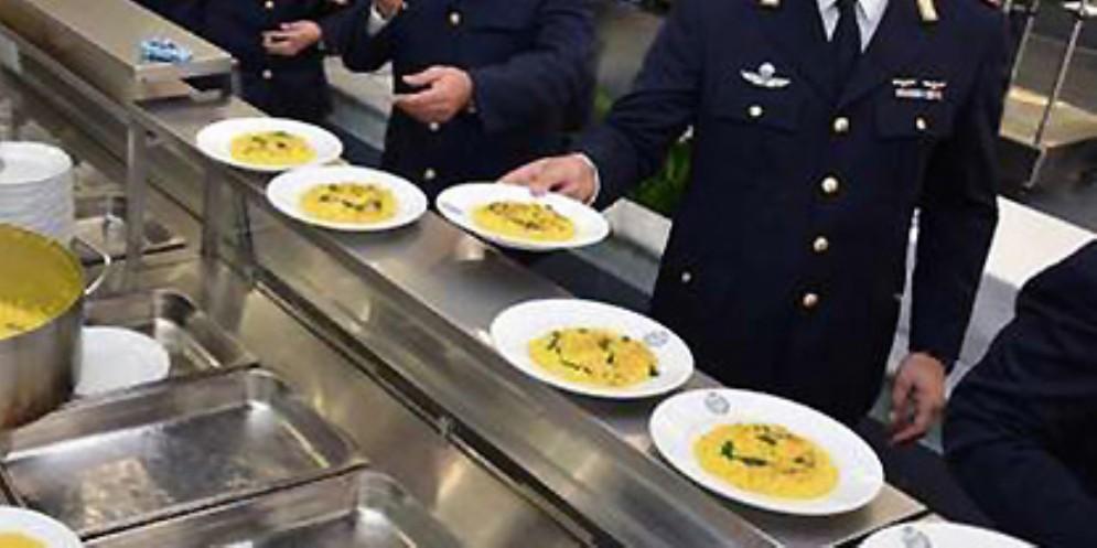 Mense della Polizia:interrogazione di Serracchiani «per servizio carente e inadeguato»