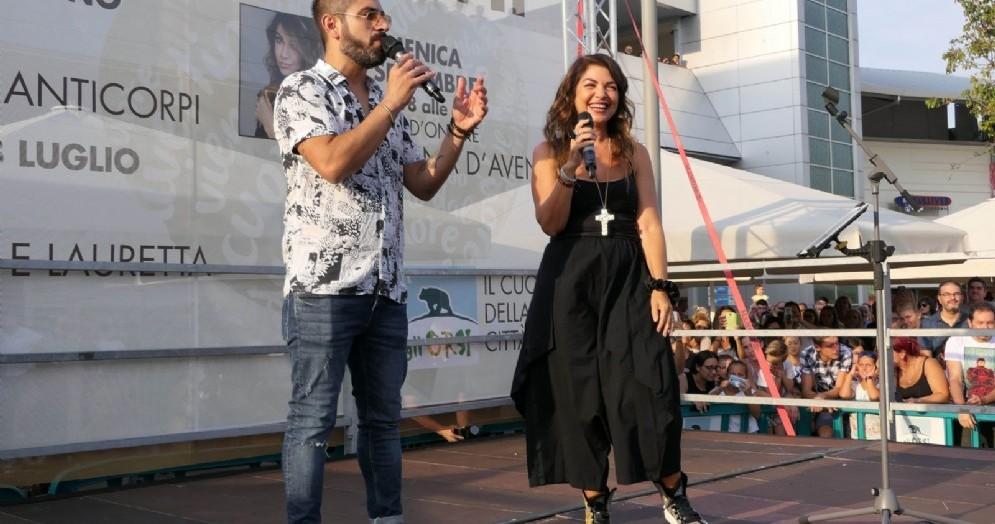 Cristina D'Avena al Centro Commerciale Gli Orsi