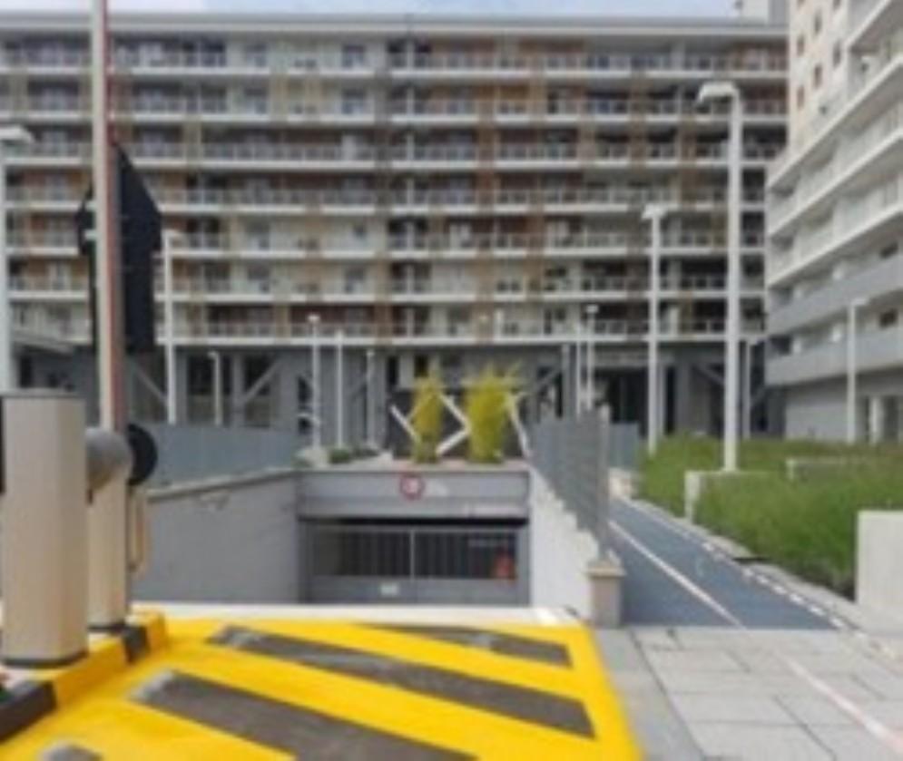 Nuovo parcheggio interrato tra via dante e via monti 157 for Piani distaccati di posti auto coperti